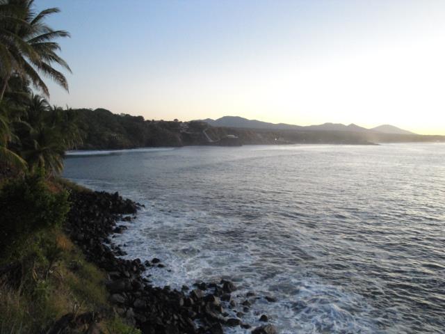 las-flores-praia-el-salvador-america-central-surf