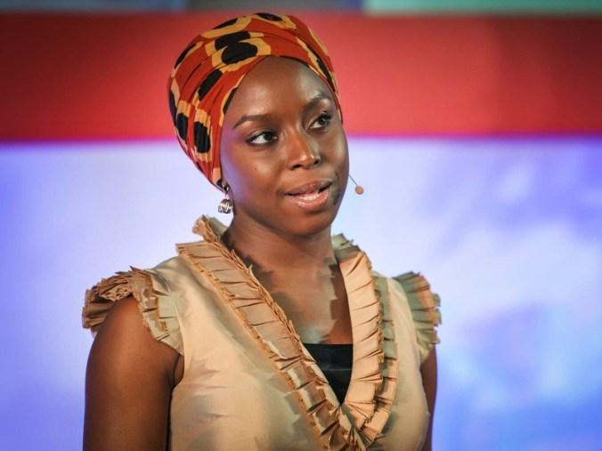 chimamanda_adichie_ted_talks_escritora_nigeria