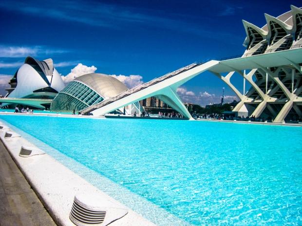 construcao_futuro_piscina_sol